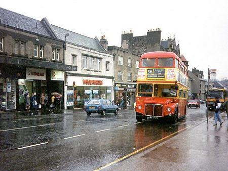 A British high street in 1985