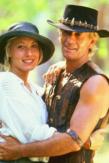 Paul Hogan and Linda Kozlowski in Crocodile Dundee 2