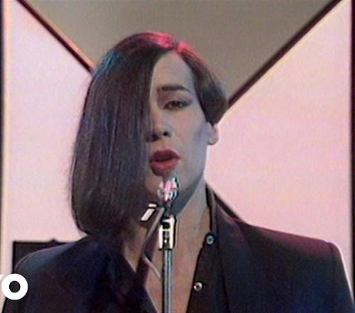 Philip Oakey's lopsided haircut in the early 1980s