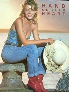 Kylie Minogue in tight-rolled jeans in 1989
