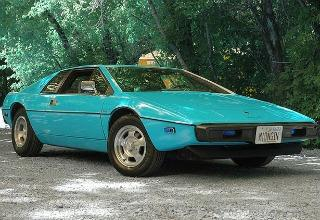 1977 Lotus Esprit S1 blue