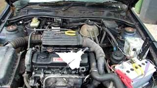 Engine - under the bonnet of 1 1993 1.7TD Vauxhall Cavalier