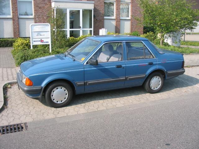 1983 Ford Orion GL in Ocean Blue