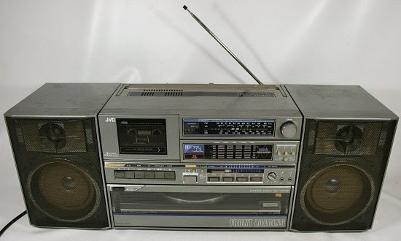 JVC DC-33L Ghettoblaster from the 1980s