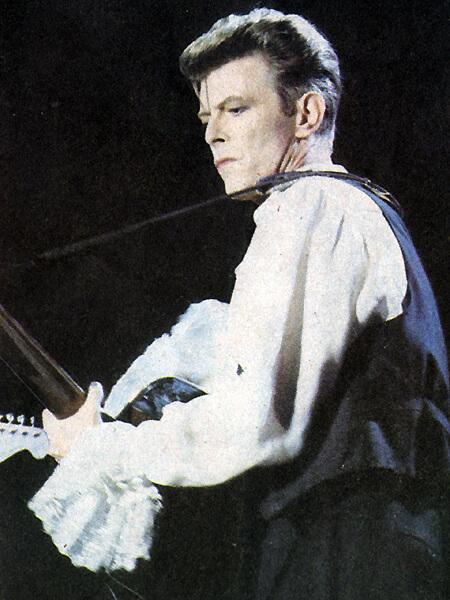 Bowie in Chile during the Sound+Vision Tour, 1990 - public domain image
