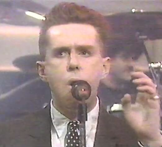 Frankie Goes To Hollywood Live on The Tube in 1987