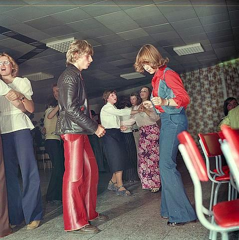 70s flared trousers