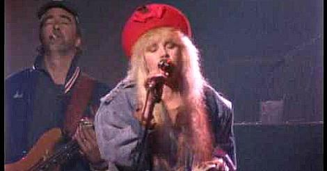 Stevie Nicks singing