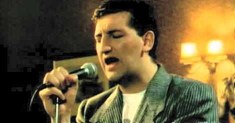 Jimmy Nail Love Don't Live Here Anymore video screenshot