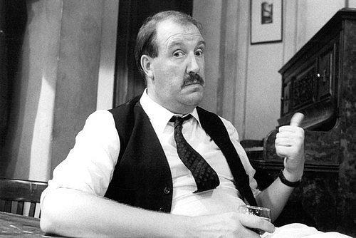 Gordon Kaye in Allo Allo