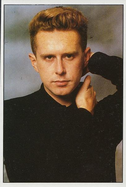 Holly Johnson Smash Hits sticker 1987