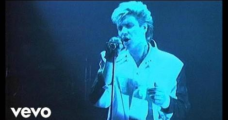 Simon Le Bon singing