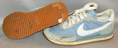 1980s Nike powder blue sneakers/trainers