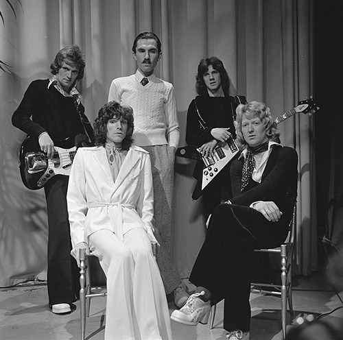 Sparks pop group on Dutch music show TopPop in 1974