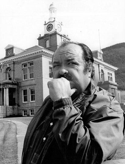 William Conrad (1972) who played detective Cannon